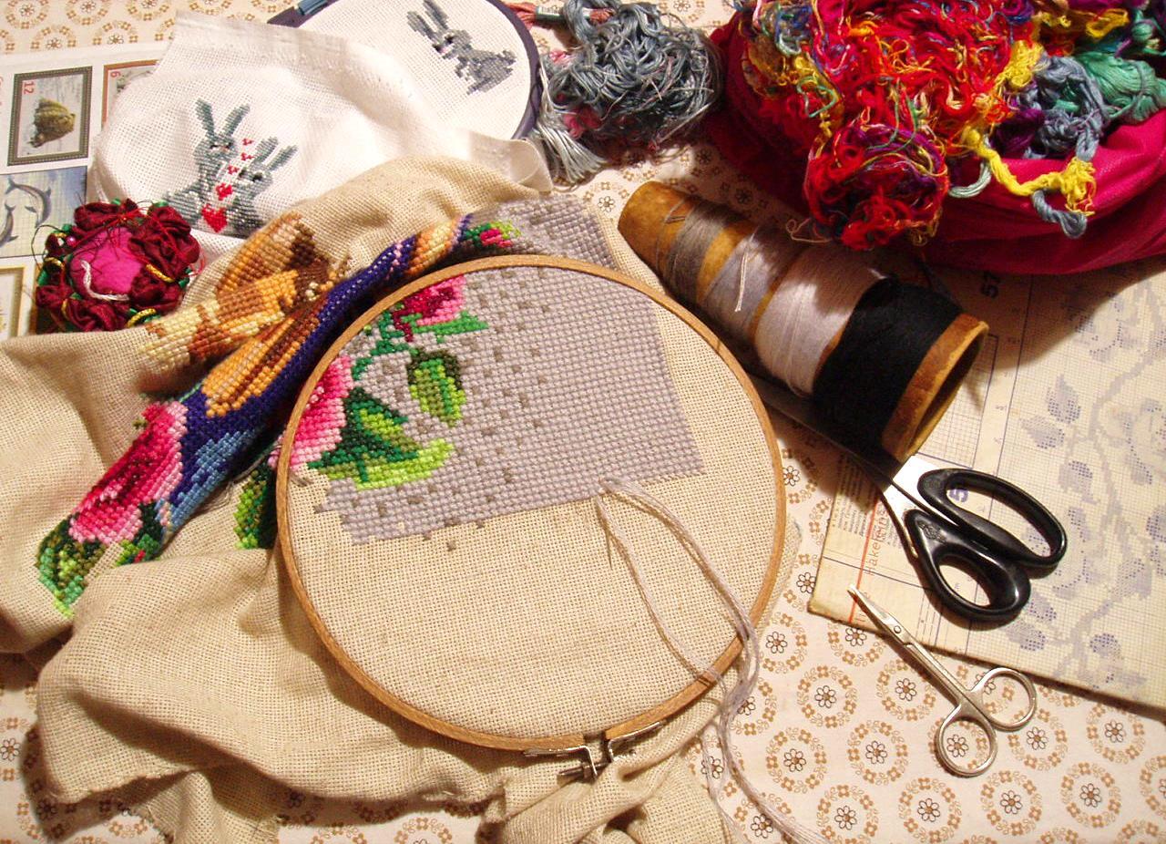 Виды вышивание на пяльцах